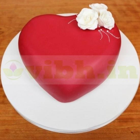 Blossoming Love Fondant Cake From VIBH Cake Studio
