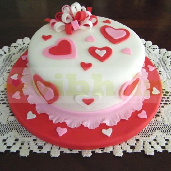 Enigmatic Love Fondant Cake From VIBH Cake Studio