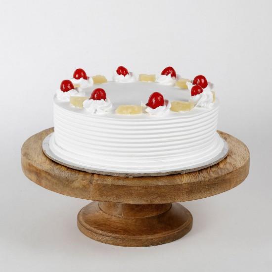 Regular Pineapple Cake From VIBH Cake Studio